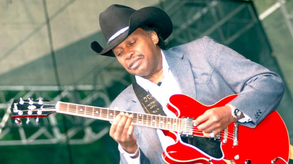 Famous Chicago Bluesman Otis Rush Dies at 84