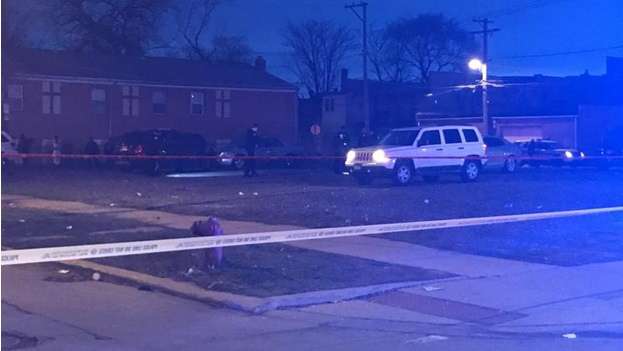 8 shots, 1 death during the deadly night in Chicago