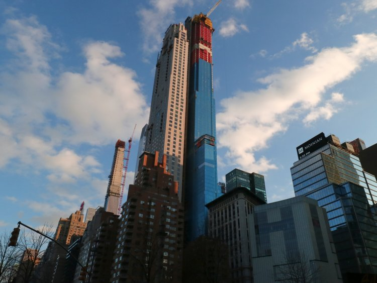 A New York Penthouse broke the record for the most expensive home ever sold in America