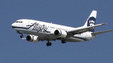Passengers got sick by odor in a flight of Alaska Airlines