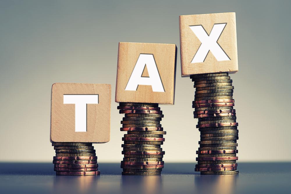 Pritzker proposes raising Alcohol Tax