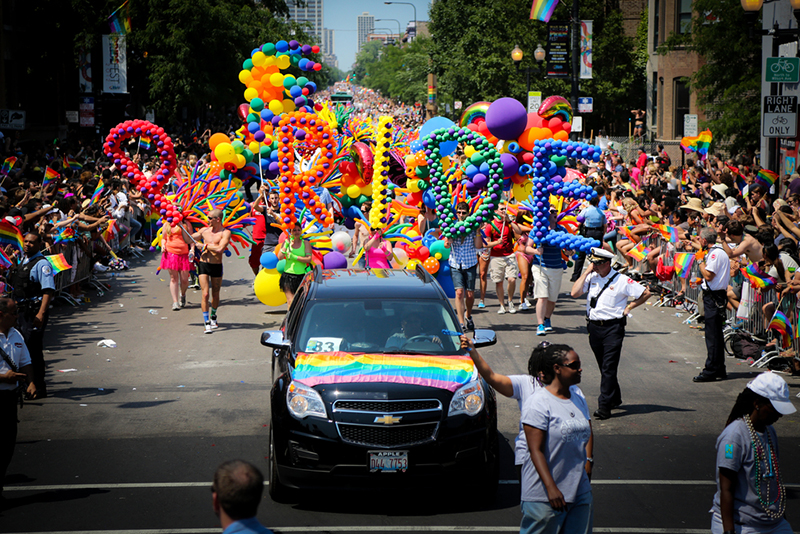 Preparations for Chicago Pride Parade kick off