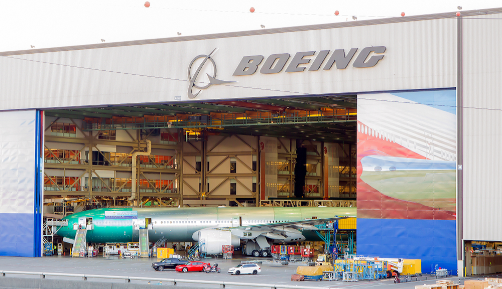 Boeing sets to sell first 737 Max planes after two fatal crashes in the past