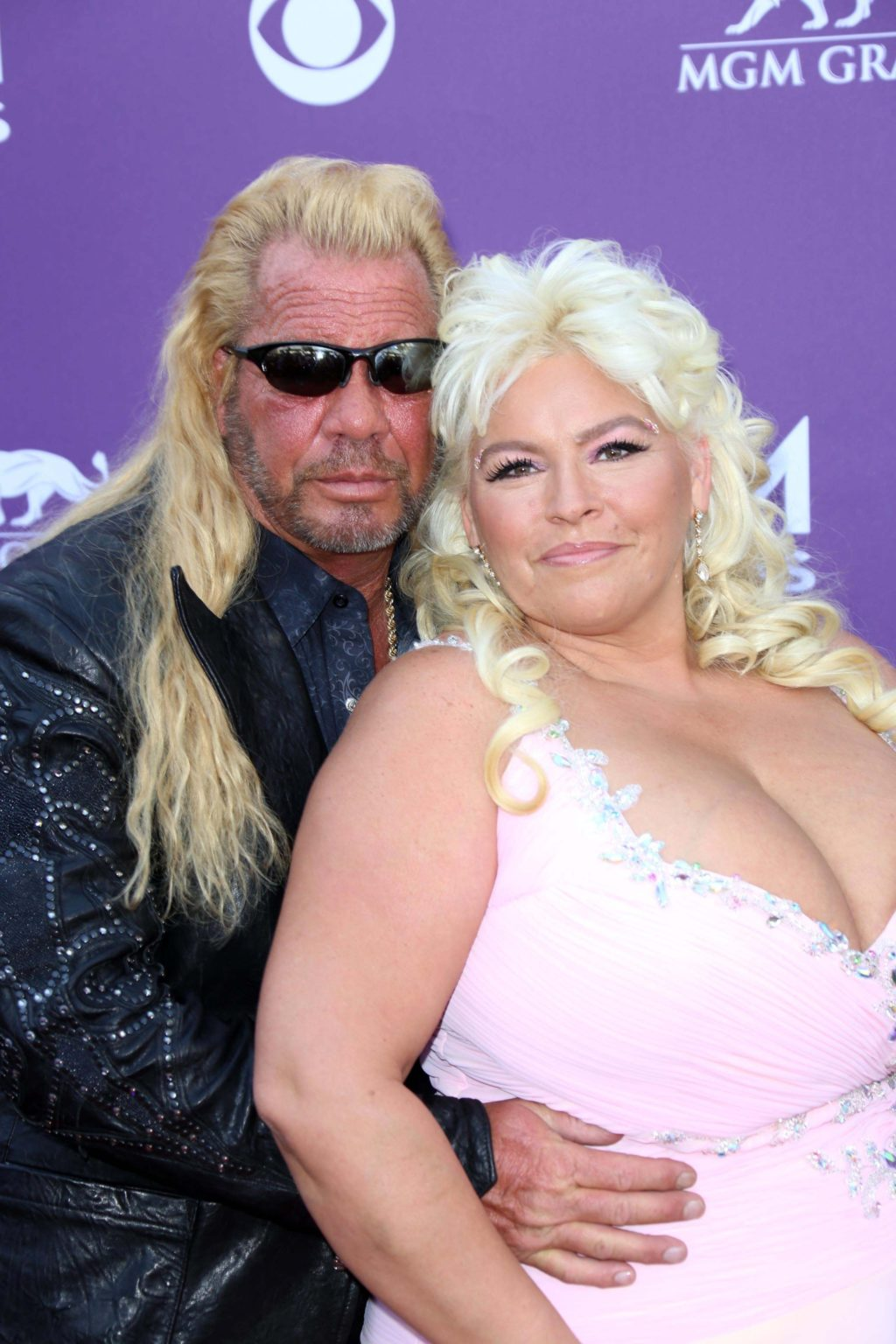 Beth Chapman, a television star, suffers from medical induced coma