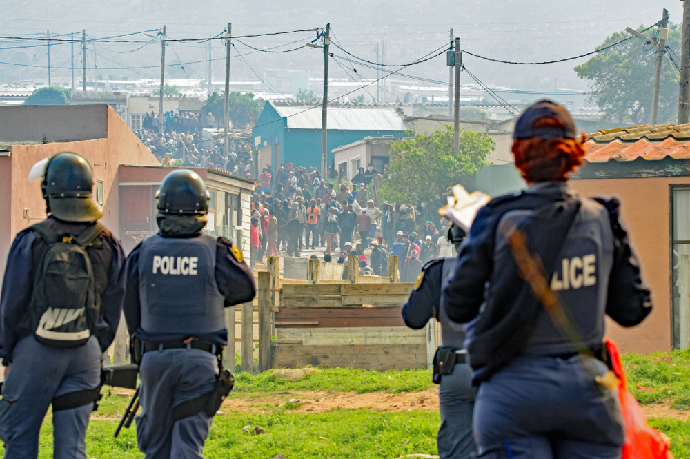 Army deployment in South Africa for tackling gangs