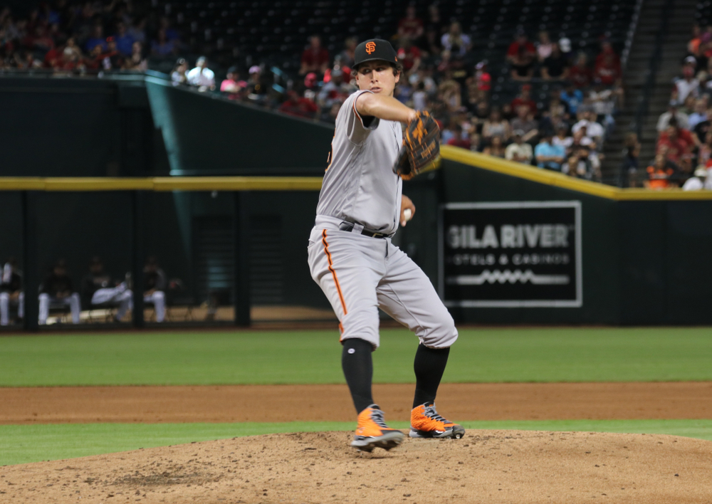 Chicago Cubs acquire Derek Holland from San Francisco Giants
