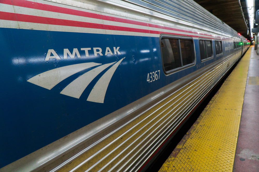 Senior Senator sponsors bill allowing Amtrak to sue over freight delays