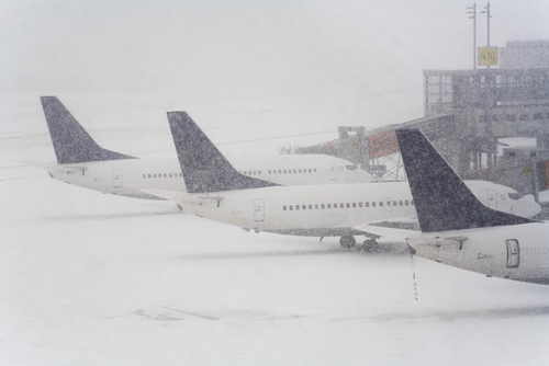 Snowstorm hits Denver International Airport, hundreds of flights canceled