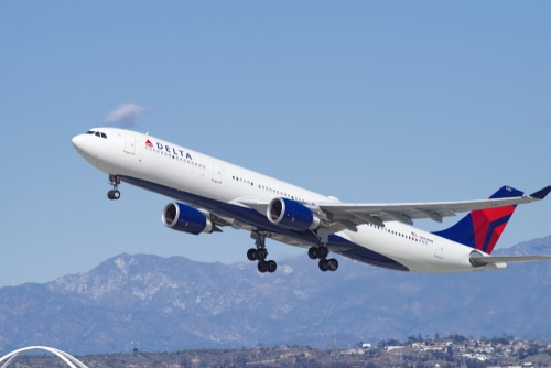 Delta plane makes emergency landing at LAX as girl died of cardiac arrest on board