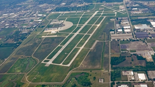 Chicago Executive Airport approves land for new airplane hangar