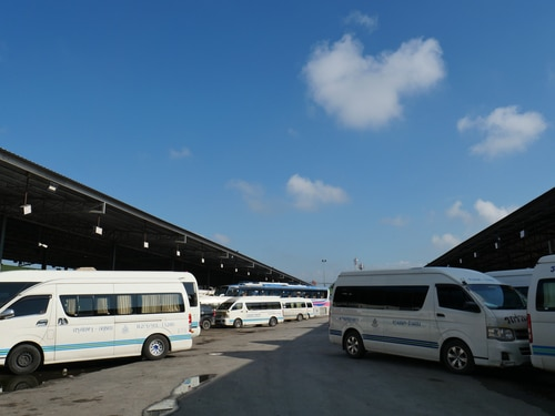 Dubai indefinitely bans Mini Bus Service