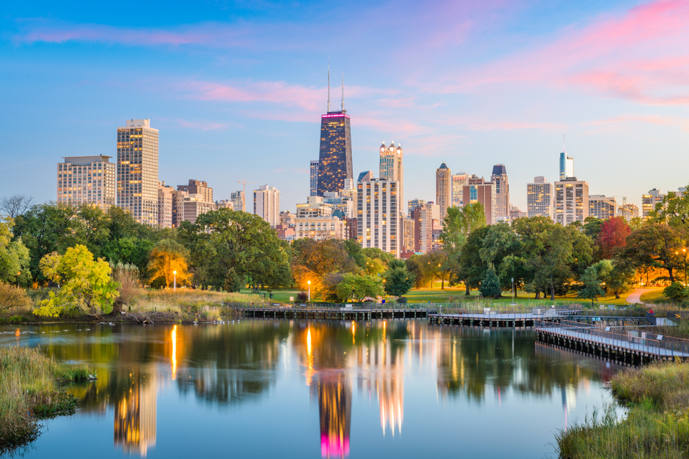 Chicago seeks to ban contractor for fraudulently claiming it is based in the city and more than half of its workers live in Chicago