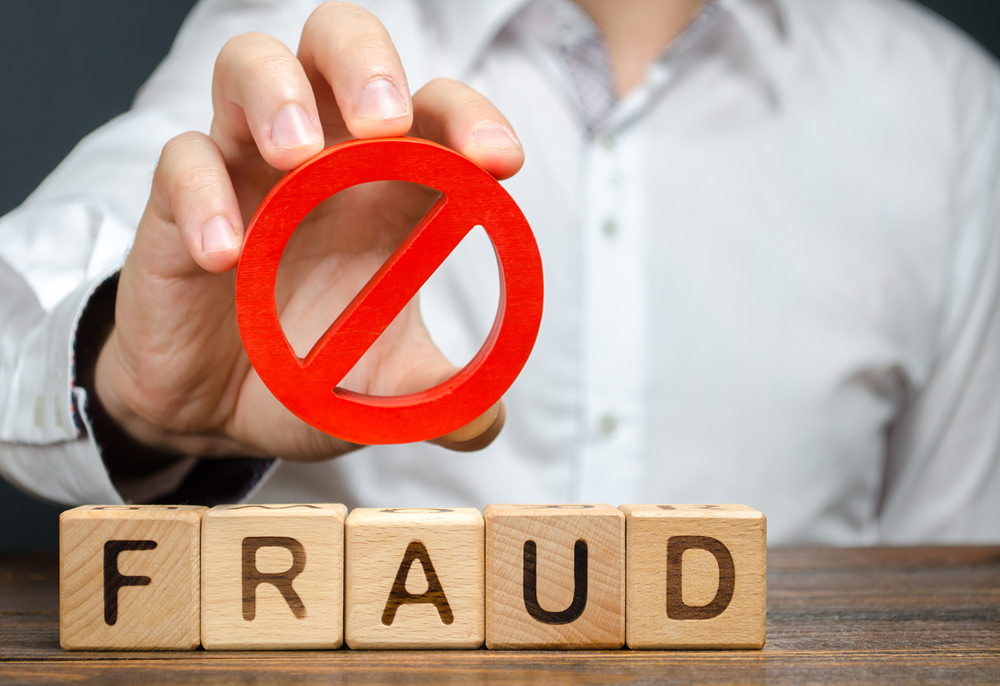 Suburban Chicago Tax Preparer Charged With COVID-Relief Fraud