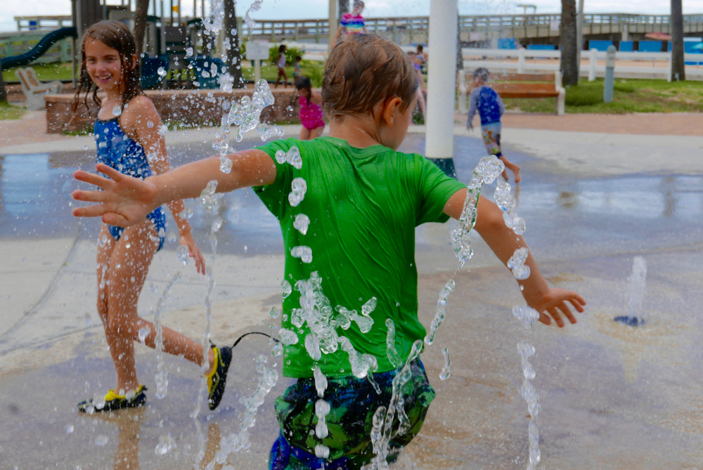 Splash Pads Open at 95th St. Community Plaza and Wolf's Crossing Community Park