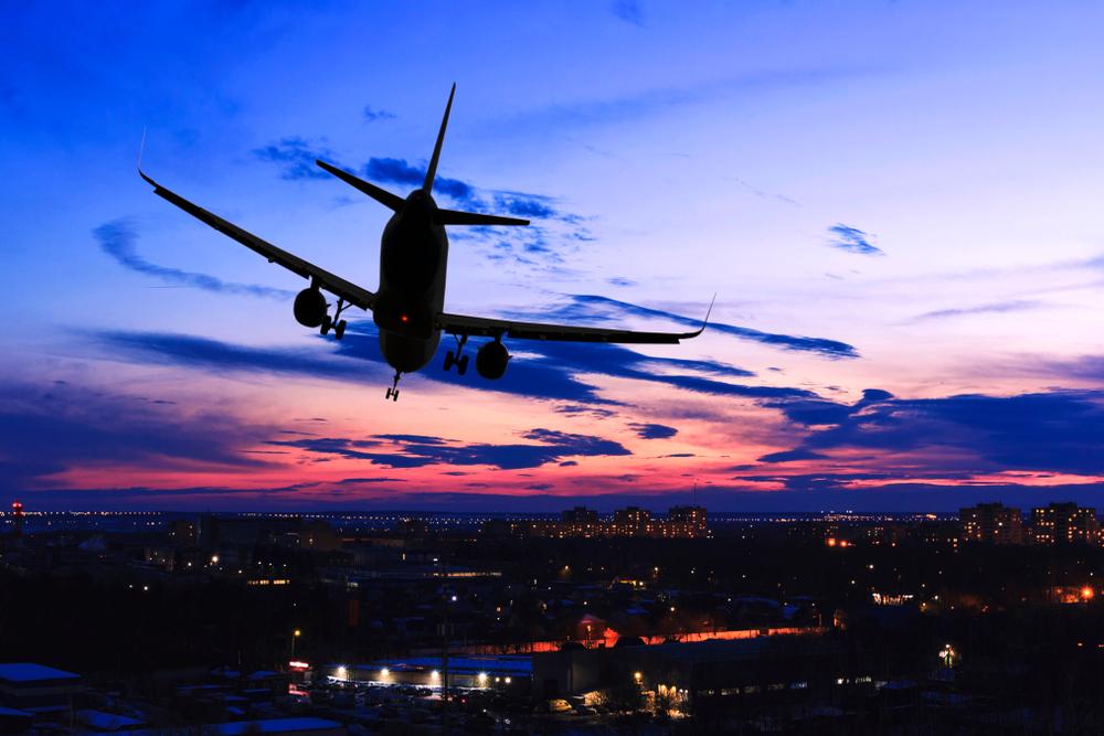 AIRCRAFT EMERGENCY LANDING on I-355 Near I-80 Near New Lenox