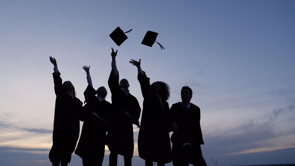 JJC to Celebrate Graduates in Drive-Thru, Virtual Ceremonies