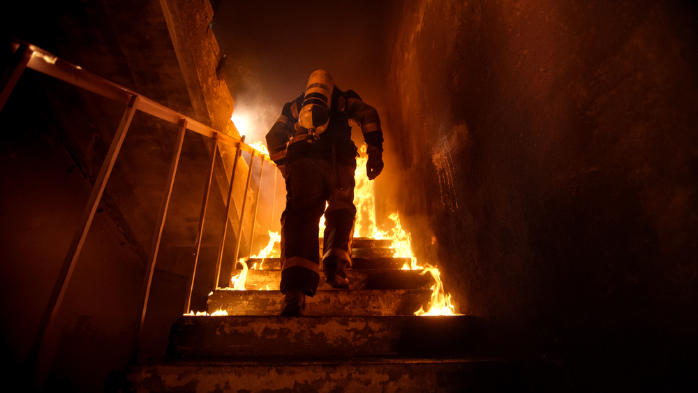 Naperville Firefighters Battle Apartment Fire in 1600 Block of Country Lakes